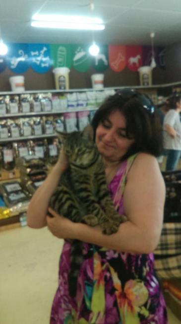 Mowgli avec son adoptante