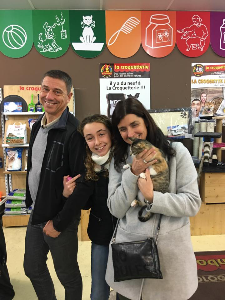 Manzana et ses adoptants